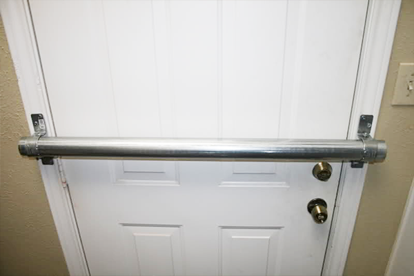 Top 4 basement window and door security ways to prevent for Front door security bar