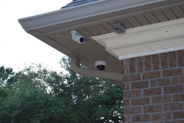 Top 4 tips on where to place home security cameras for Security camera placement software